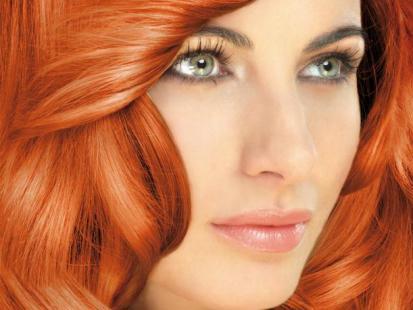 Delia Look At Me - makijaż na jesień 2011