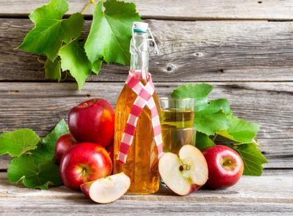 Delikatne i aromatyczne - sprawdź nasze przepisy na wino z jabłek