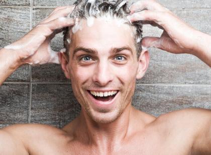 Detergenty w szamponach – czy słabsze gorzej myją?