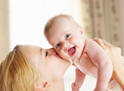DHA u kobiet w ciąży i dzieci – w jakich dawkach należy go przyjmować?