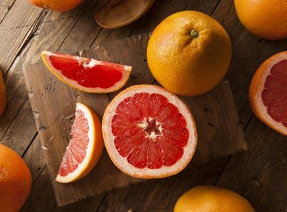 Dieta grejpfrutowa: najważniejsze założenia i przykładowy jadłospis