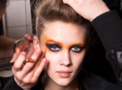 Disco make-up na imprezę