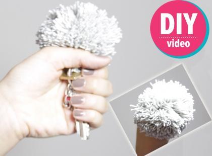 DIY z Ulą: jak zrobić pompon [video]
