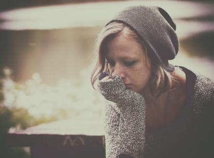Dlaczego kobiety i mężczyźni inaczej przechodzą traumę?