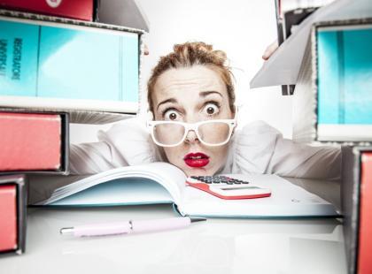 Dlaczego kobiety na rynku pracy mają trudniej?