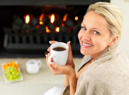 Dlaczego nie powinniśmy łączyć leków z kawą, herbatą i sokami?