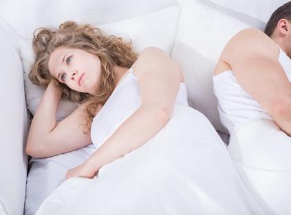 """""""Dlaczego on nie chce robić w łóżku tego, co lubię?"""" – pyta czytelniczka"""