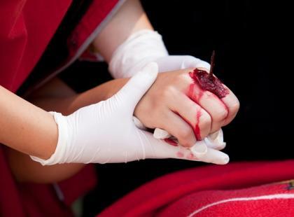 Dlaczego po zranieniu odczuwamy ból?