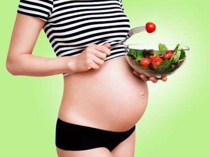Dlaczego przyjmowanie kwasu foliowego w ciąży jest tak ważne?