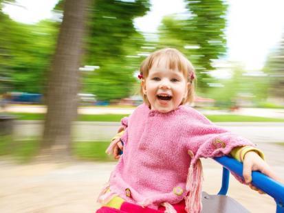 Dlaczego warto chodzić na plac zabaw