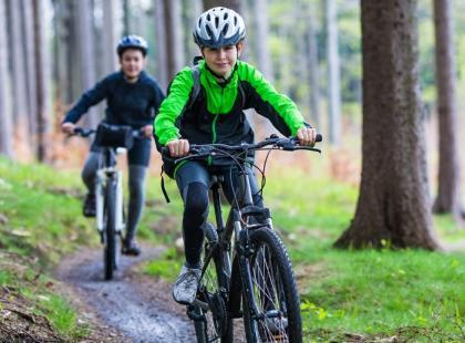 Dlaczego warto zachęcać dziecko do aktywności fizycznej?