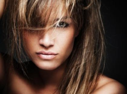 Dlaczego włosy się rozdwajają?