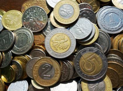 Dlaczego wyjeżdżając na urlop warto zostawić monetę w zamrażarce?