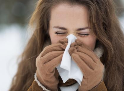 Dlaczego zimą częściej chorujemy? Poznanie tych 7 powodów sprawi, że unikniesz grypy i przeziębienia
