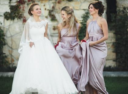 Długie sukienki na wesele 2018 – nasze hity!