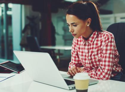 Dłuższe urlopy, inne umowy, praca z domu… Szykuje się rewolucja w prawie pracy!