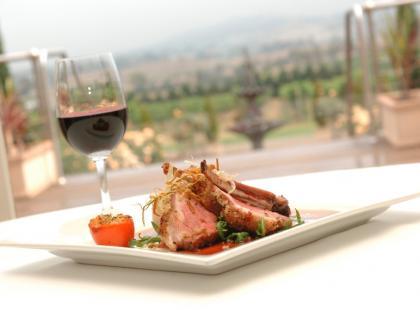 Do jakich potraw pasuje czerwone wino?