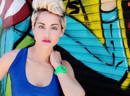 Dobieramy makijaż dla zielonookiej blondynki z piegami