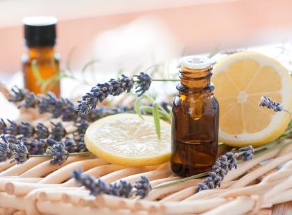 Dobroczynne działanie olejków zapachowych
