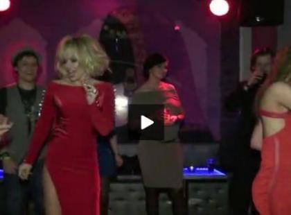 Doda na imprezie karnawałowej Polki.pl (video)