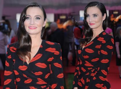 Dominika Kulczyk w sukience w odważny wzór - hit czy kit?