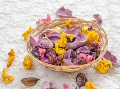 Domowe potpourri – gotowe przepisy na mieszanki zapachowe!