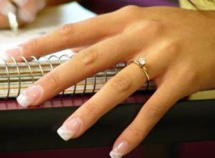 Domowe sposoby na zadbane dłonie