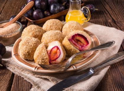 Doskonały obiad na słodko - sprawdź nasze przepisy na knedle ze śliwkami