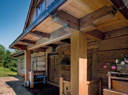 Drewniany domek w górach