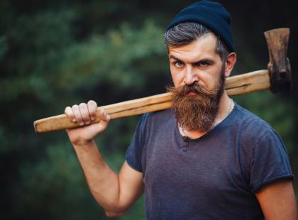 Drwale zostają w lesie! Znany stylista przepowiada rychły koniec brodacza. Będziecie tęsknić?