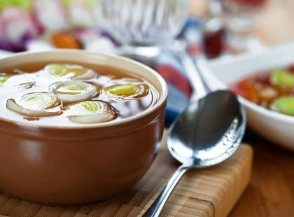 Dukanowska zupa cebulowa