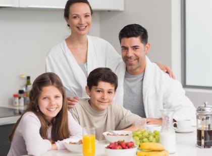 Dzieci chętniej jedzą warzywa, które przygotowują wspólnie z rodzicami