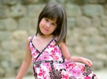 Dziecięca moda letnia - kolorystyka i wzory