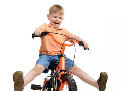 Dziecko na rowerze – jak i gdzie z nim jeździć?