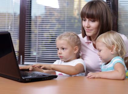 Dziecko - zalety grania w gry komputerowe i planszowe