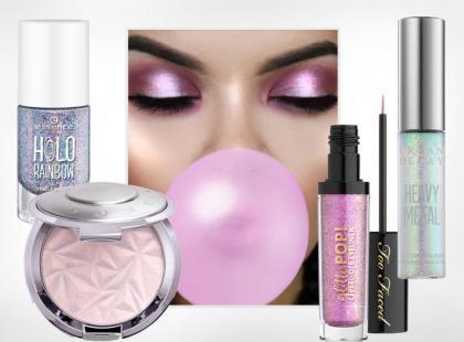 """Efekt """"jednorożca"""" w makijażu pobija urodowy świat. Zobaczcie kosmetyki, które są abolutnym hitem"""