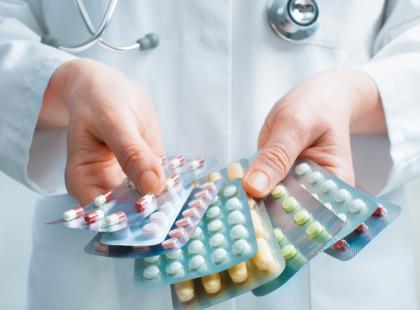 Eksperymentalne leki doprowadzają do śmierci Indusów