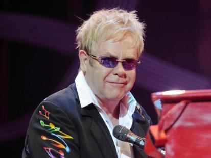 Elton John chce adoptować dziecko!
