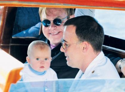 Elton John i David Furnish - Dwóch mężczyzn i dziecko