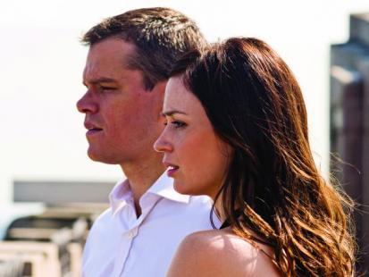 """Emily Blunt i Matt Damon w filmie """"Władcy umysłów"""""""