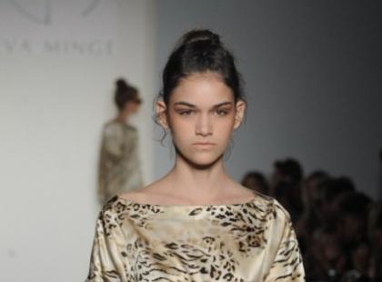 Eva Minge - złota linia na NY Fashion Week - galeria