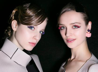 Eyeliner rządzi w wiosennych trendach! Jak powinien wyglądać najmodniejszy makijaż oczu?