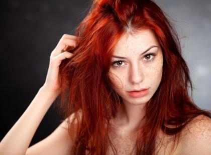 Farbowanie z blondu na rudy