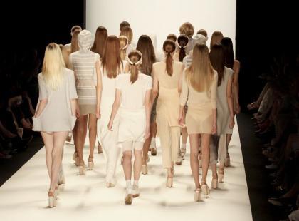 Fashion LEOs Passion vol. 4 -  wybierz się na ten pokaz mody!