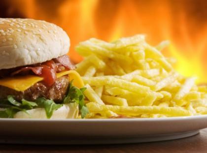 Fast foody wywołują astmę, egzemę i katar sienny