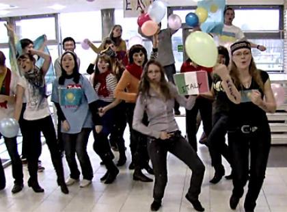 Flash mob i Lip dub - co to właściwie jest?