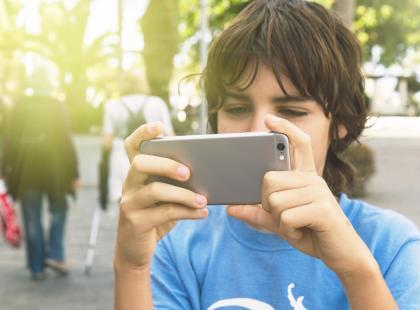Fonoholizm – czy moje dziecko jest uzależnione od telefonu?