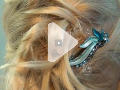 Fryzura komunijna z prostych włosów krok po kroku [video]
