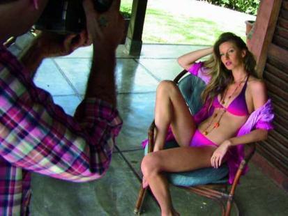 Gisele Bundchen po porodzie powraca w bikini