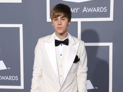 Grammy 2011: Panowie na czerwonym dywanie